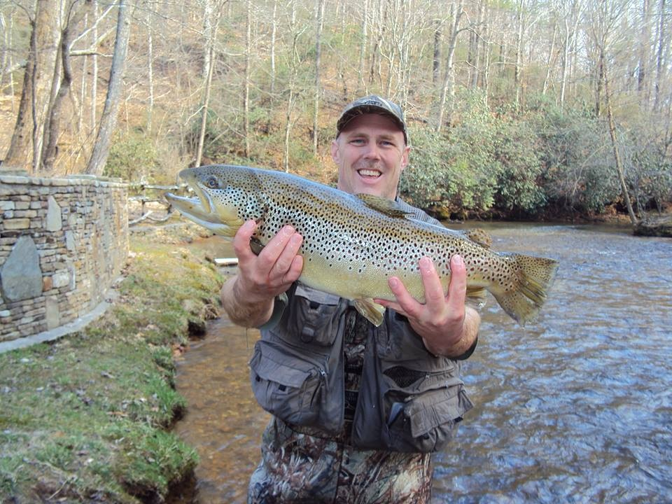 Trophy trout catches riverside trout fishing in north for Trout fishing in ga